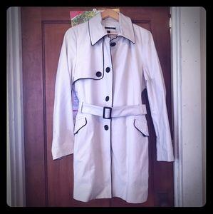 Trench coat Kristen Blake size 16